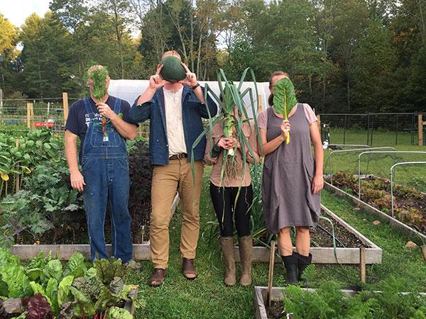 team photo vegetables